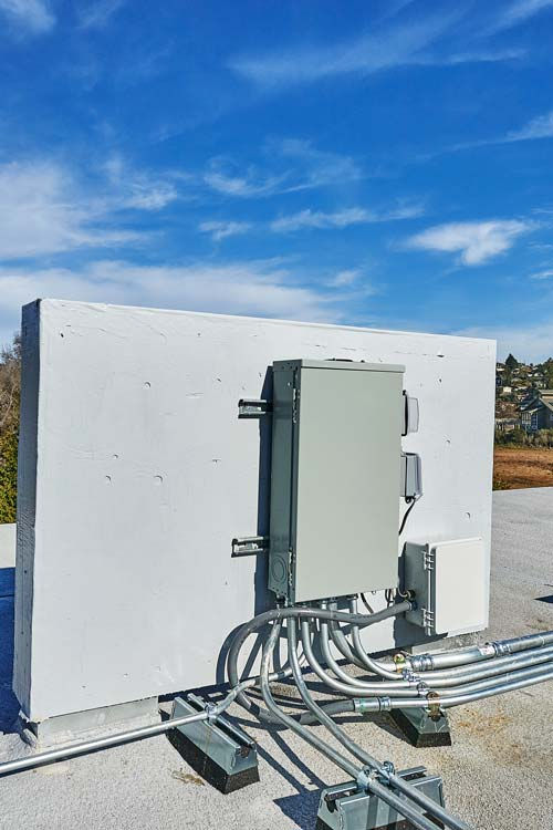 Camino Alto-Commercial Construction-Exterior-Project Feature-Electrical